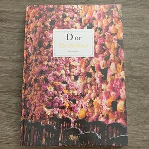Dior Accents - 🌷Dior Book - Sealed - Brand New ✨